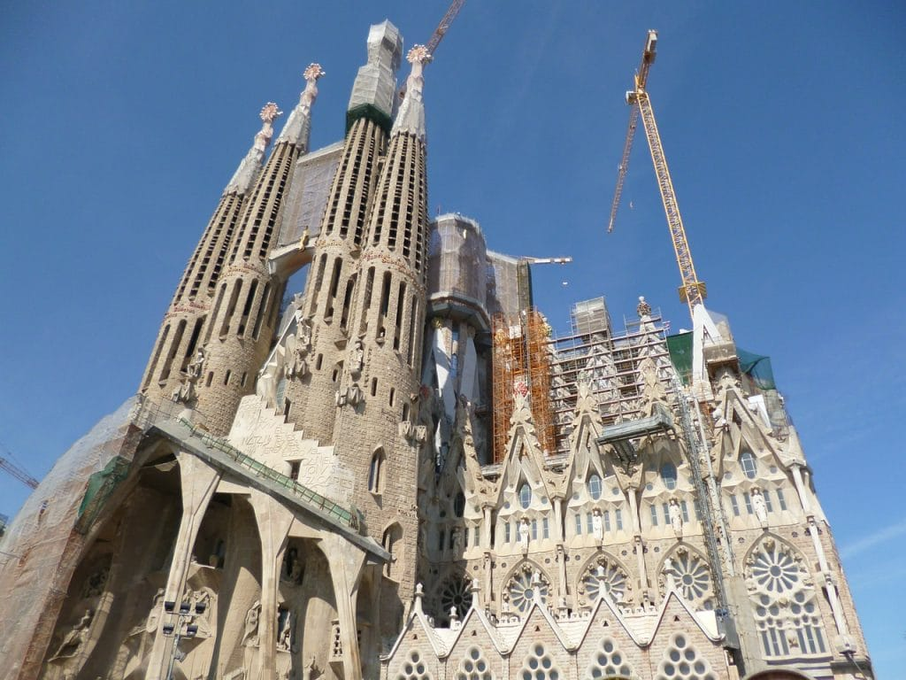 iglesia sagrada familia barcelona