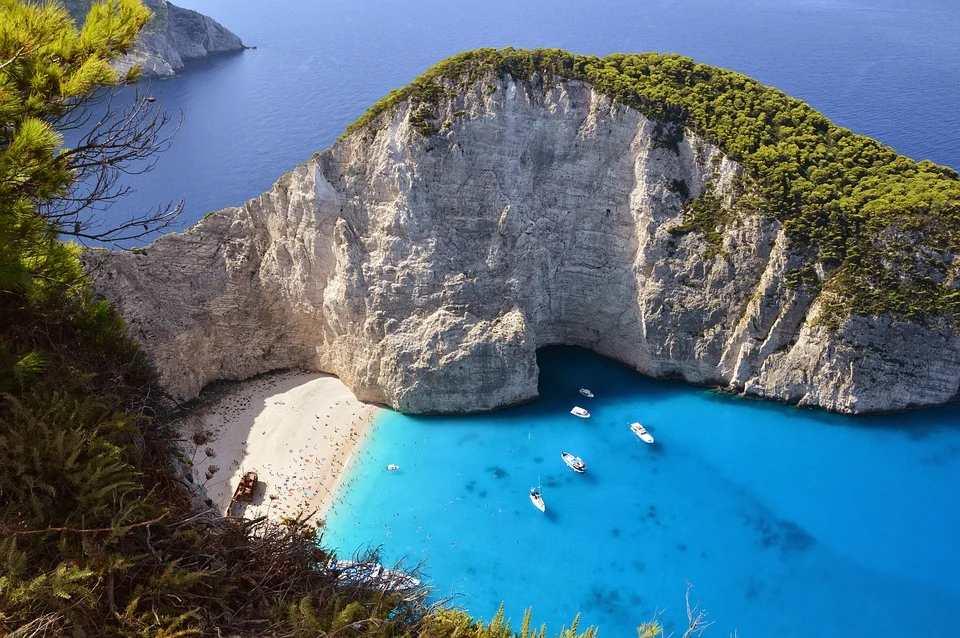 abriran las playas grecia